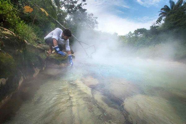 Мифическая кипящая река обнаружена в глубине джунглей Амазонии